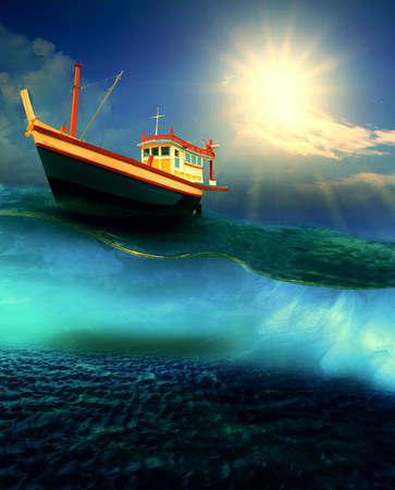 Foto de fishery boat floating on dramatic ocean level - Imagen libre de derechos