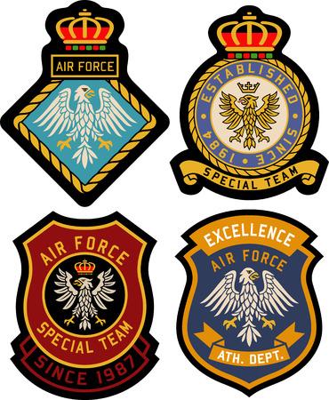Ilustración de royal classic heraldic emblem badge shield - Imagen libre de derechos