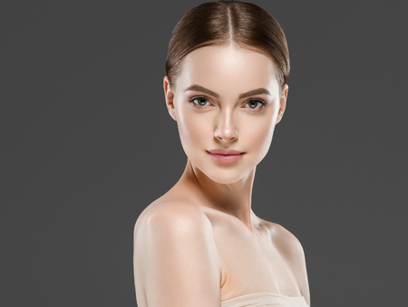 Foto de Naturzl makeup woman portrait beauty healthy skin care concept. Studio shot. - Imagen libre de derechos