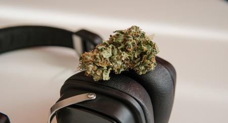 Photo pour drugs and modern music - image libre de droit