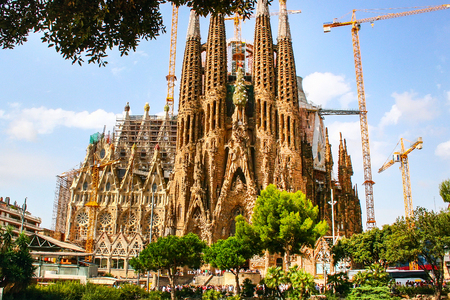 Foto de La Sagrada Familia cathedral designed by Gaudi, which is being build since 19 March 1882 and is not finished yet - Imagen libre de derechos
