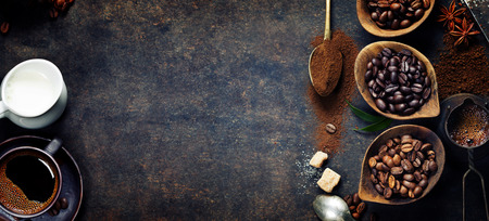 Foto für Top view of three different varieties of coffee beans on dark vintage background - Lizenzfreies Bild