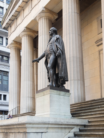 The George Washington statue at the Federal Hall in downtown New York mural