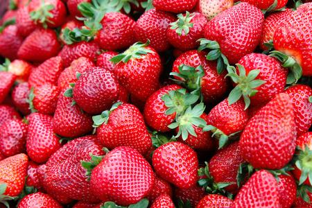 Foto de Detail of strawberry in group - Imagen libre de derechos
