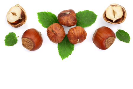 Photo pour Hazelnuts with leaves with copy space for your text isolated on white background. Top view. Flat lay - image libre de droit