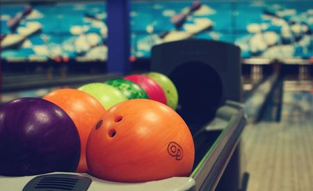 balls in a bowling club