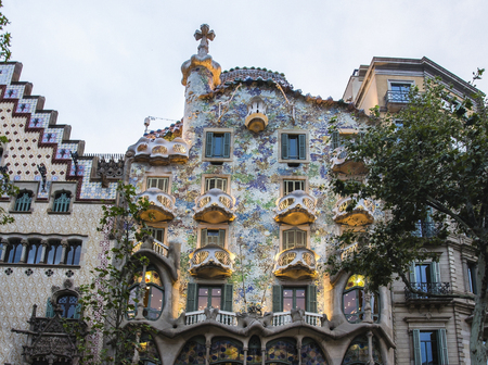 Photo pour Spain Barcelona Casa Batllo, Antonio Gaudi architecture - image libre de droit
