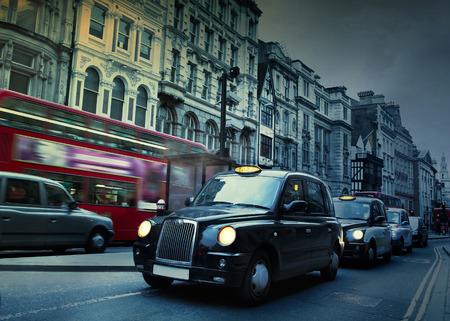 Photo pour London Street Taxis - image libre de droit