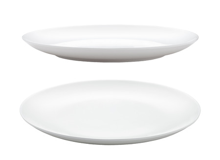 Photo pour empty plate isolated on white - image libre de droit