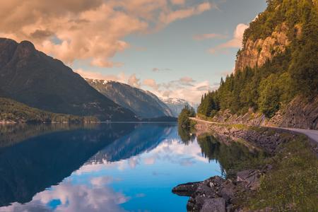 Foto de Summer Hardanger Fjord near Trolltunga, Norway landscape - Imagen libre de derechos
