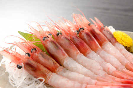 Photo pour Northern shrimp. Sweet shrimp. - image libre de droit