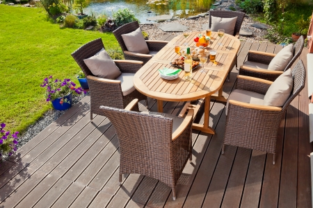 Photo pour Luxury Garden rattan furniture at the patio - image libre de droit