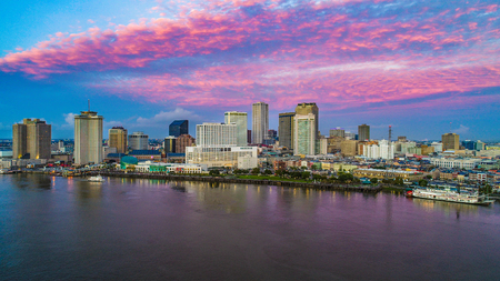 Foto de New Orleans, Louisiana, USA Skyline at Sunrise - Imagen libre de derechos
