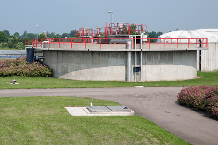 Foto de View at concrete bassin of a Dutch wastewater Treatment Plant - Imagen libre de derechos