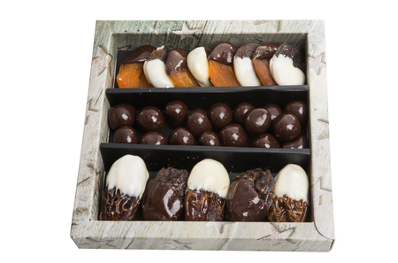Foto de fruits in chocolate isolated on white background - Imagen libre de derechos
