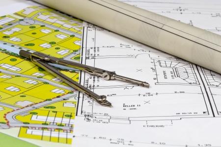 Foto de Construction Plans and Plots with compas - Imagen libre de derechos