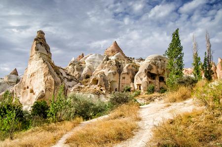 Foto de Ancient cavetown near Goreme, Cappadocia, Turkey - Imagen libre de derechos