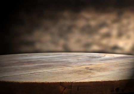 Foto de empty table for product display montages - Imagen libre de derechos
