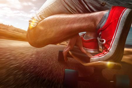 Photo pour Longboard Riding - image libre de droit