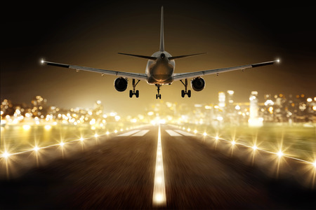 Foto de Plane during landing - Imagen libre de derechos