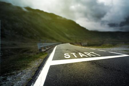 Photo pour Street with a starting point - image libre de droit