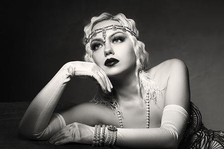 Photo for beautiful woman retro flapper style woman black and white foto, roaring 20s - Royalty Free Image