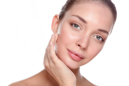 Photo pour Beautiful healthy woman touching her skin. - image libre de droit