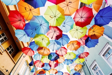Foto de Street decorated with colored umbrellas.Agueda, Portugal - Imagen libre de derechos