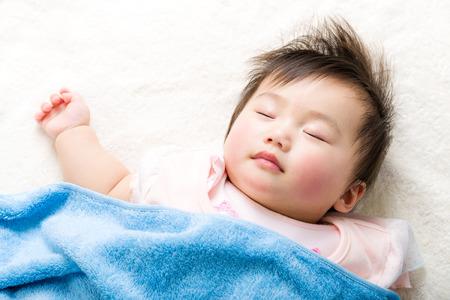 Foto de Asian baby sleeping - Imagen libre de derechos