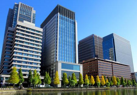 Photo pour Tokyo financial district - image libre de droit