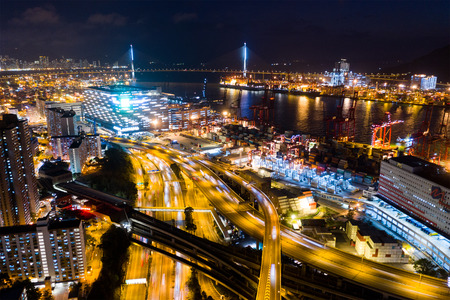 Foto per Kwai Tsing, Hong Kong, 14 February 2019:- Top view of Hong Kong Kwai Tsing Container Terminals at night - Immagine Royalty Free