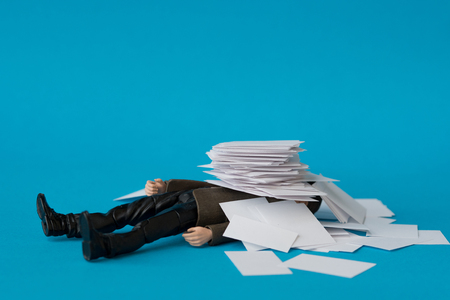 Photo pour Concept, people swamped with paperwork - image libre de droit