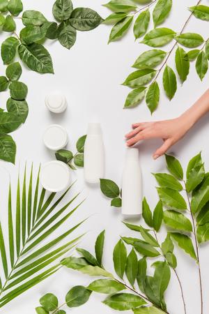 Foto de hand with organic cream and lotion - Imagen libre de derechos