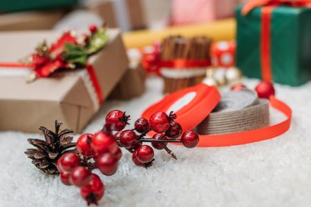 Foto de christmas decor and gifts - Imagen libre de derechos