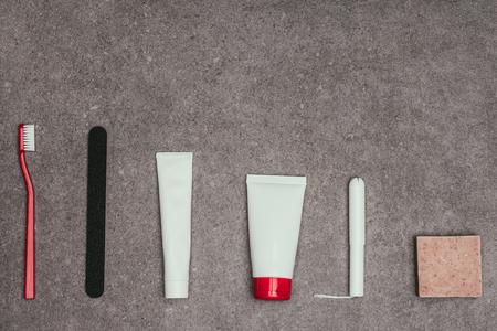 Photo pour top view of arrangement of feminine hygiene supplies - image libre de droit