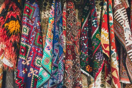 Photo pour old traditional Turkish carpet shop in cappadocia, turkey - image libre de droit