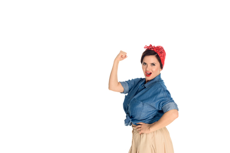 Photo pour Confident pin up woman showing biceps and looking at camera isolated on white background - image libre de droit