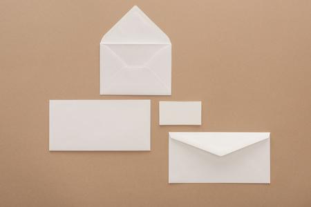 Photo pour Top view of envelopes, cards and sheet of paper - image libre de droit