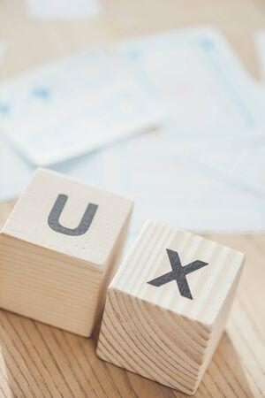 Foto de Selective focus of letters ux on wooden cubes on table - Imagen libre de derechos