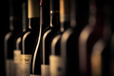 Foto de bottles of wine - Imagen libre de derechos