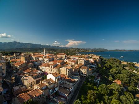 Photo pour Aerial view of Porto-Vecchio old town, Corsica, France - image libre de droit