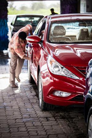Foto de cars in a carwash - Imagen libre de derechos