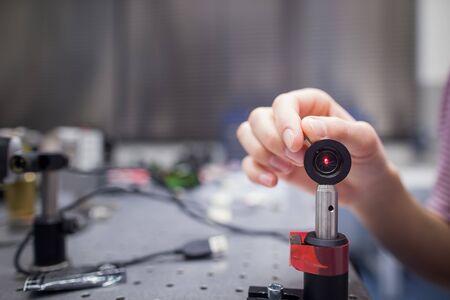 Foto de Equipment in a quantum optics lab (color toned image) - Imagen libre de derechos