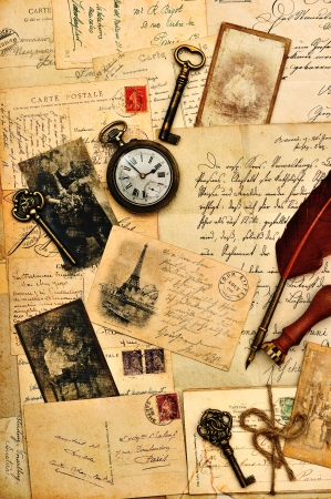 Photo pour old post cards, letters and photos  nostalgic vintage background - image libre de droit