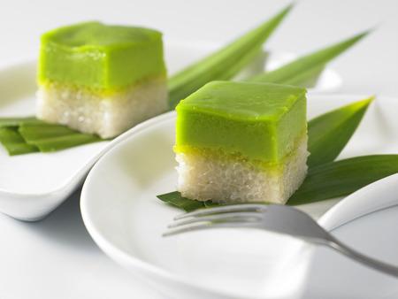 Foto de Serimuka Kuih also known as the Pandan Custard Cake - Imagen libre de derechos