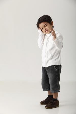 Photo pour studio shot of kid on the white background - image libre de droit
