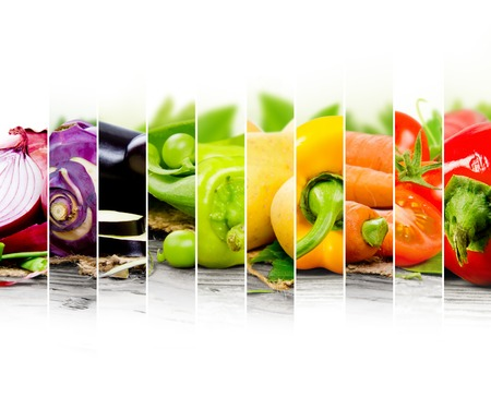 Photo pour colorful vegetable mix with white space for text - image libre de droit
