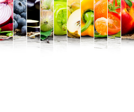Foto per Photo of fruit and vegetable mix with rainbow colors and white space - Immagine Royalty Free
