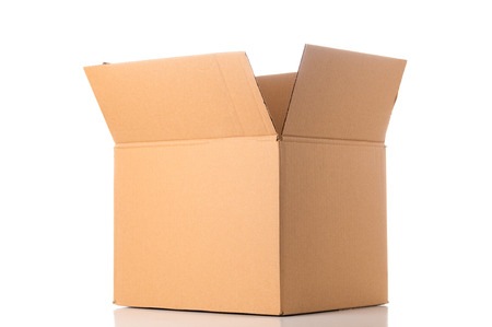 Photo pour Open cardboard box - image libre de droit