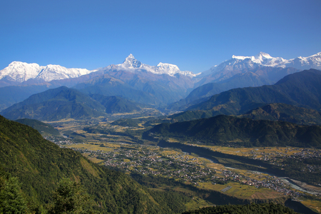 Photo pour View from Sarangkot towards the Annapurna Conservation Area & the Annapurna range of the Himalayas, Nepal. - image libre de droit